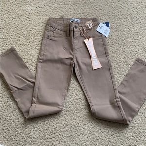 NWT Girls Hyperstretch skinny pants, Tan, 10